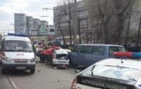 Тройное ДТП в Днепре: погиб водитель