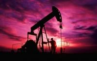 Цены на нефть незначительно снизились