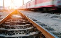 Жуткая смерть: на Львовщине поезд сбил девушку