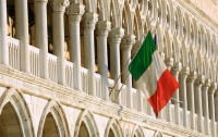 В Италии предложили ввести санкции против Франции