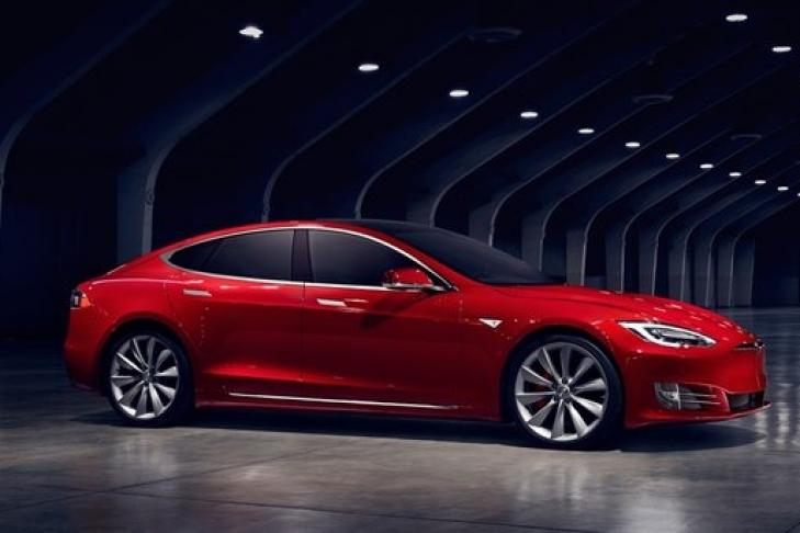 В Германии покупателей Tesla заставят вернуть государству €4000 32bb88ada7b
