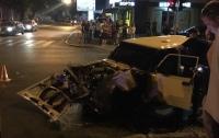 Машина ГСЧС, ехавшая на тушение пожара в Харькове, попала в аварию