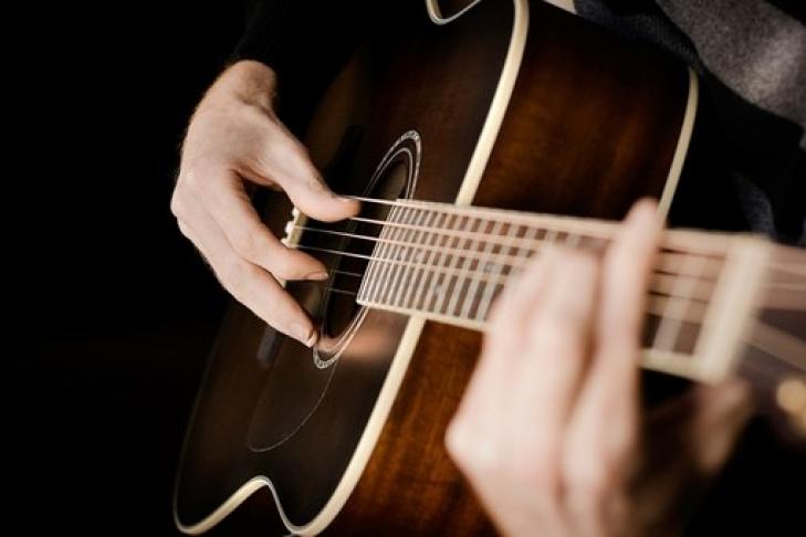 Ученые доказали, что музыка способна избавить отболи