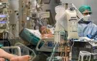 В Закарпатье смертность от COVID-19 бьет рекорды, а больницы переполнены