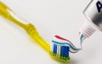 Зубная паста несет серьезную опасность - ученые