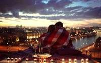 Фильмы, которые поднимут романтическое настроение завтра в праздник (видео)