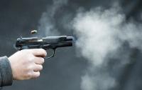Пьяный киевлянин устроил стрельбу на детской площадке