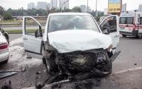 Жуткое ДТП в Киеве: столкнулись Daewoo и Mercedes, двое погибли, двоих госпитализировали