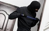 Вор-неудачник проник в квартиру полицейского