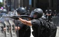 Протесты в Буэнос-Айресе: более 80 полицейских пострадали