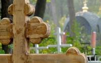 В Днепре воры унесли с кладбища памятник весом в 900 килограмм