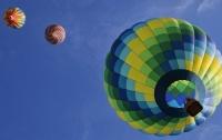 Воздушный шар застрял в высоковольтных проводах в Германии