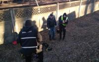 Около станции метро в Киеве нашли тело неизвестной женщины