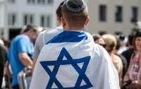 Израиль вернул обязательный масочный режим на улице
