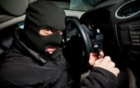 В Киеве у прокурора угнали элитный автомобиль