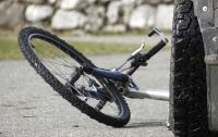 Под Киевом Jaguar насмерть сбил велосипедиста