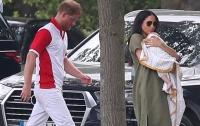 Соседей принца Гарри и Меган Маркл ограничили от общения с семьей