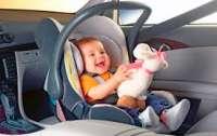 Президент обязал всех водителей иметь автокресло для детей