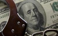 Черкасского полицейского будут судить за крупную взятку