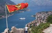 Выборы в Черногории: на акции протестов вышли десятки тысяч человек