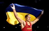 Усик хочет отобрать чемпионские пояса у Кличко