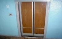 В Украине появился первый платный лифт