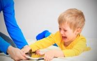 Ребенок посидел в интернете на 200 тысяч гривен