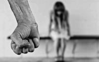 Во Франции запретили любое насилие над ребенком