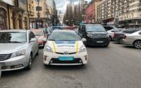 Киевский таксист пытался задушить пассажира ремнем безопасности (видео)