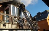 Под Киевом горел двухэтажный ресторан