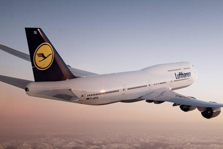 ВТель-Авиве экстренно посадили рейс Lufthansa после взрыва вдвигателе