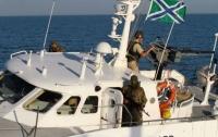 Российский катер устроил провокацию в Азовском море (видео)