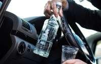 Десятки водителей ездили в праздники пьяные за рулем