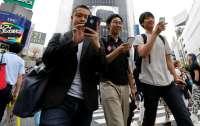 В Японии создали смартфон с защитой от оголенных фото