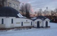 В Киеве двое мужчин пытались поджечь монастырь