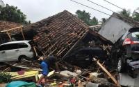 Власти Индонезии объявили новую угрозу цунами