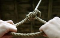 17-летний парень покончил жизнь самоубийством в Харьковской области