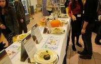 Европейские депутаты пожаловались на цены в столовой