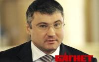 На кого Сергей Мищенко поменял Виктора Пшонку?