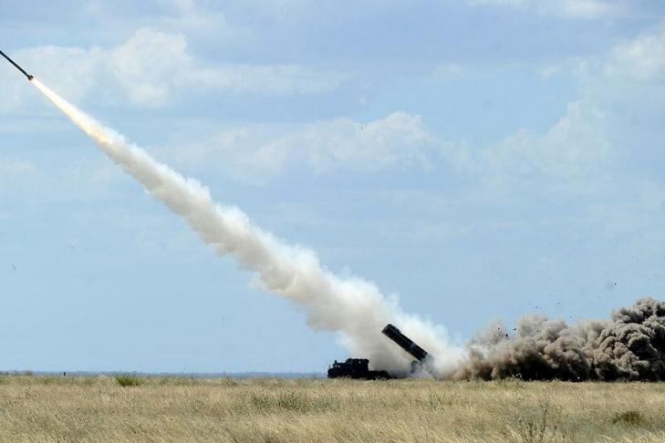 Турчинов проинформировал, что вгосударстве Украина будут производить ракеты «лучше российских»