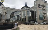 НАБУ проводит обыски в офисах футбольных чиновников