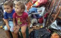 В Мариуполе горе-мать воспитывала четырех детей в полной антисанитарии