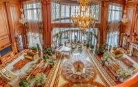 Для бывшего жилища Януковича ищут управляющего