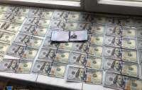 Чиновник Минветеранов требовал деньги с раненого военного