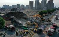 В Южной Корее 5-этажный дом обрушился на автобус: Погибли 9 человек