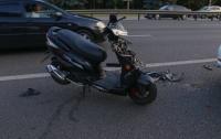 ДТП в Киеве: скутер