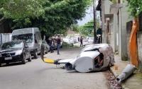 Вертолет с туристами рухнул на жилой сектор в Бразилии (видео)