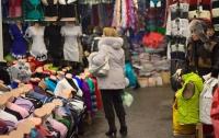 Одежду и обувь украинцы чаще покупают на рынках