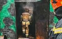 Пациентов вытаскивали из-под кроватей: в киевской психбольнице произошел пожар