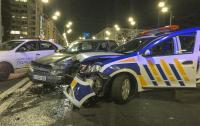 Жуткое ДТП в центре Киева: лихие охранники протаранили Mitsubishi и ВАЗ